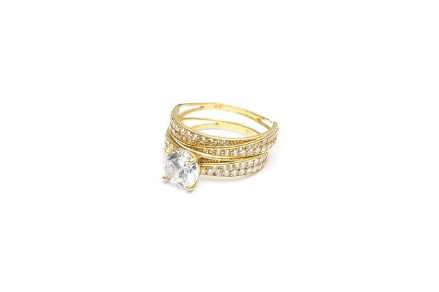 Briliáns gyűrű esküvőre